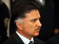 Экс-президент Гватемалы предстанет перед американским судом