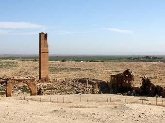 Руины Харрана. Фото Артема Ефимова, Лента.Ру