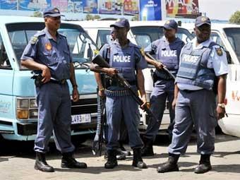 Южноафриканских полицейских приведут в форму к Чемпионату мира