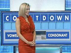 Участникам телевикторины предложили составить слова из букв F, C, U, E, D и K