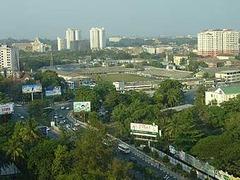 В Мьянме транспортникам запретили бить водителей автобусов палками