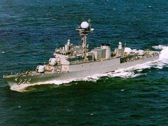 Водолазы не получили сигналов от моряков с затонувшего корабля ВМС Южной Кореи
