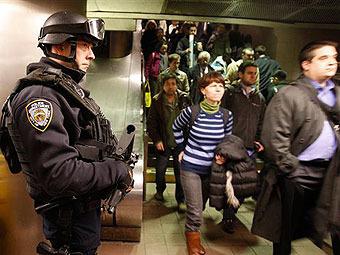 Из-за московских терактов в Нью-Йорке усилена охрана метро