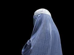 В Бельгии мусульманок предложили сажать за ношение паранджи