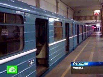 """Поезд на """"Парке культуры"""" после взрыва. Кадр телеканала НТВ"""