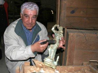 Захи Хавасс. Фото с официального сайта археолога