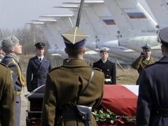Гроб с телом президента Польши доставили в Варшаву