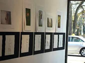 Выставка фотографий и текстов из книги Tactile Mind. Иллюстрация с сайта tactilemindbook.com