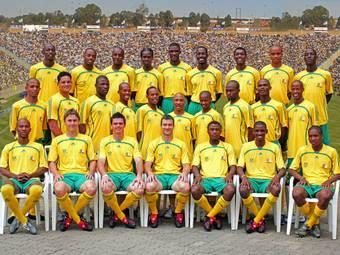 В ЮАР конфискованы поддельные футболки на полмиллиона долларов