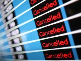 Евросоюз предсказал отмену половины намеченных на начало недели авиарейсов