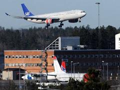 Норвегия и Швеция закрыли аэропорты из-за нового облака пепла