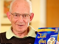 Британский пенсионер вернул украденные 50 лет назад пирожные