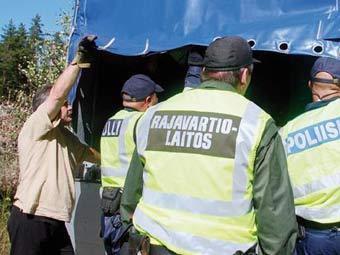 Финские пограничники объявили забастовку
