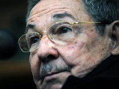"""Рауль Кастро снял двух министров с постов """"из-за ошибок в работе"""""""