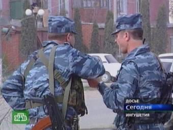 Милиционеры в Назрани. Кадр НТВ, архив