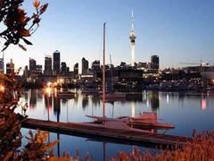 Поселившихся в Новой Зеландии мигрантов научат понимать местный диалект