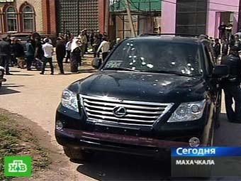Автомобиль Шамиля Алиева. Кадр телеканала НТВ