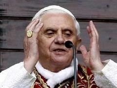 Папа Римский подарил Саакашвили сувенирную ручку