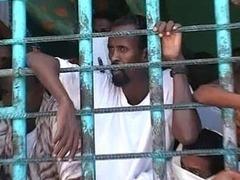 Захваченные на российском танкере пираты назвали себя заложниками