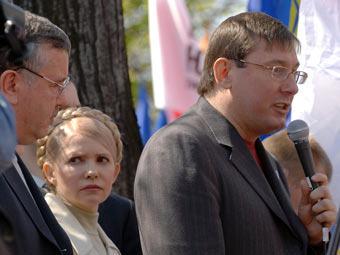 Противники Януковича создали Комитет защиты Украины