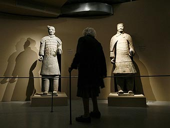 Терракотовые воины на выставке. Фото ©AP