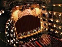 В Буэнос-Айресе после трех лет реставрации открылся знаменитый оперный театр