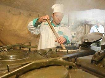 Полевая кухня на учениях российской армии. Фото пресс-службы Минобороны РФ