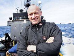 Новозеландский эколог признался в попытке захвата японской китобойной шхуны