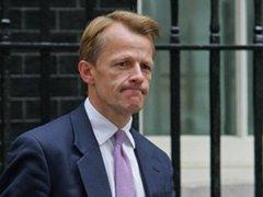 Британский замминистра подал в отставку из-за обвинений в растрате