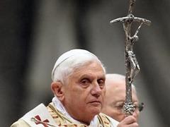 Любовницы священников потребовали у папы Римского отменить целибат