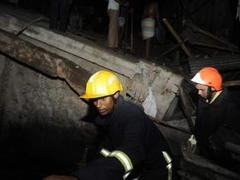 При обрушении жилого дома в Бангладеш погибли 14 человек