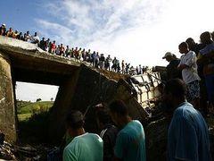 В Бразилии разбился грузовик со школьниками