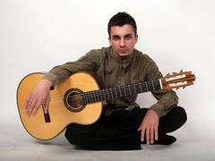 Россиянин победил на американском конкурсе классических гитаристов