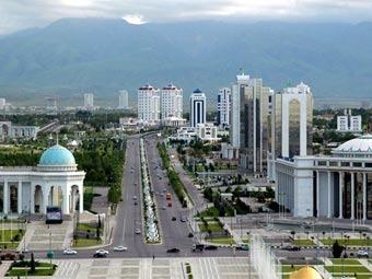 Вид на Ашхабад. Фото с сайта geotravel.ru