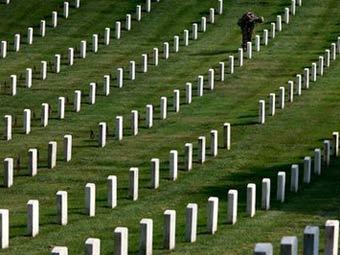Арлингтонское кладбище. Фото AP