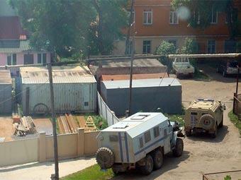 Дом, в котором укрывались преступники. Фото с сайта VL.Ru