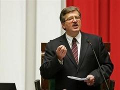 Предвыборный штаб Коморовского подал в суд на Качиньского