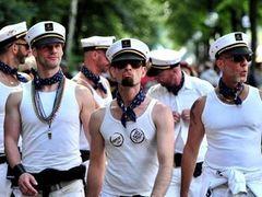 Полмиллиона человек пришли на берлинский гей-парад