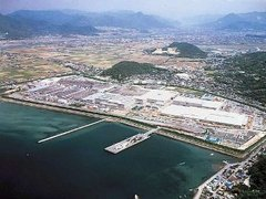 Потерявший работу японец протаранил работников автомобильного завода
