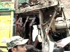 При взрыве бензовоза в Пакистане погибли 18 человек