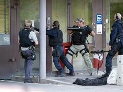 Полиция освободила заложников из стокгольмского банка