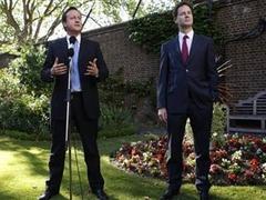 Британское правительство пообещало геям аналог венчания