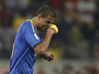 Виновнику поражения сборной Бразилии посоветовали не возвращаться на родину