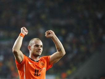 ФИФА изменила автора гола в матче Голландия - Бразилия
