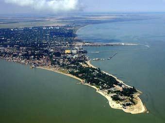 Приглашаю посетить город Ейск и отдохнуть на берегу Азовского моря.  Предлагаю благоустроенное жильё (несколько...
