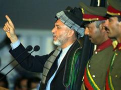 """Хамид Карзай попросит ООН убрать 50 талибов из """"черного списка"""""""