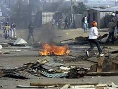 В ЮАР возобновились нападения на иммигрантов