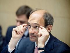 Скандальный министр ушел с поста казначея партии Саркози