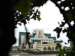 Программист из MI6 попытался продать Нидерландам секретные документы