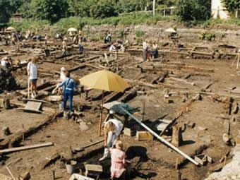 Раскопки в Старой Руссе. Фото с сайта historic.ru